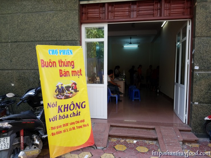 chợ phiên hàng tuần chủ nhật tại số 3, lô 5B, Trung Yên 6, Hà Nội