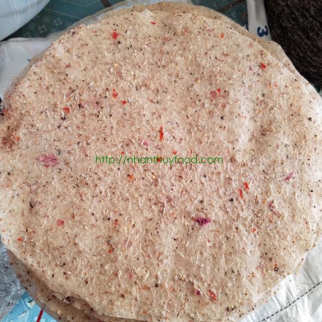 Vị dừa đặc trưng trong bánh tráng dừa Nhân Thùy